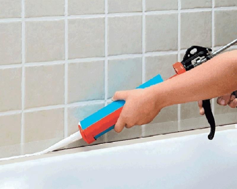 Герметизация швов в ванной комнате
